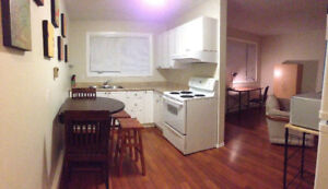 Partially furnished house for May 1st; Groups of 3 students