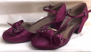 Girls Purple Bow Shoes