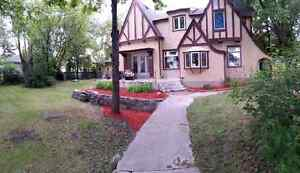 Available May 1st!! Spacious home for rent!