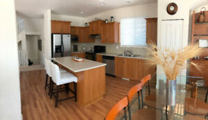 Beautiful single house for rent (Yorkson Lake)