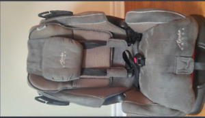 Alpha Omega car seat excellent condition