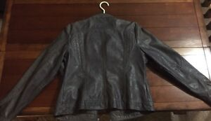 Maurice's grey faux leather jacket l/xl London Ontario image 2