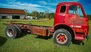 International Harvester 300