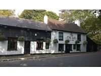 CHEFS OF ALL LEVELS REQUIRED FOR COUNTRY PUB....