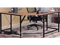 Modern Desk in L