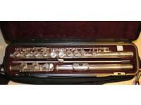Yamaha YFL211 flute excellent condition