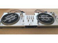 Stanton STR8-20 Turntables (set of 2) + Mixer