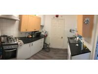 Lovely 2 bedroom , 2 reception house to rent in plaistow #ref2woodside