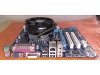 GIGABYTE GA-H61M-S2PV LGA1155 motherboard + Pentium G840 2 x 2.8GHz + 2GB DDR3 RAM perfect condition