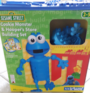 Sesame Street Kinex - Cookie Monster & Hooper's Store
