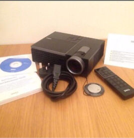 PROJECTOR - DELL M410HD 2000 LUMENS £200