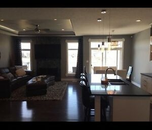 BASEMENT SUITE FOR RENT - 3 MINS FROM AIRPORT
