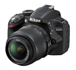 NIKON D3200 WITH LENS CASE AND CHARGER