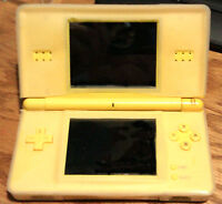 DS LITE WITH 49 GAMES AND SILICON COVER LIKE NEW CONDITION.