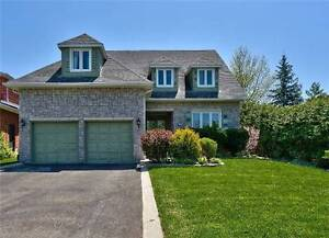 $1,150,000 Home in Mississauga *Too many features to list
