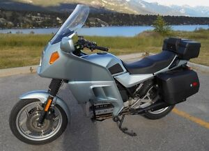 '87 BMW K100RT ~ Collector