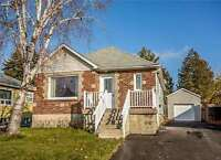 Immaculate Upper Unit Bungalow *** Available Jan.1/16 ***