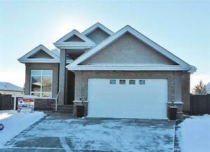 Executive Walkout Bungalow in Quiet Crescent! Must See!!