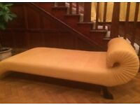 Stunning Royal Indian Day Bed / Chaise Longue