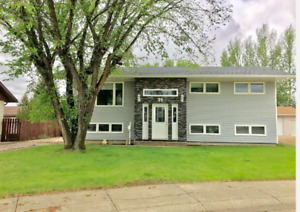 5 Bedroom House for Rent - Moose Jaw