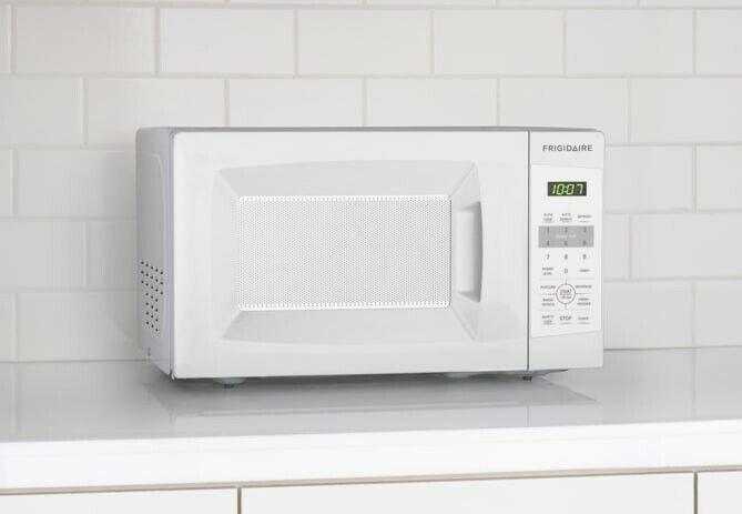 Frigidaire 0.7 Cu.Ft. 700-watt Countertop Microwave w/10 Pow