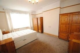 MASSIVE room near to GOLDERS GREEN