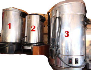 3 sizes of coffee pots