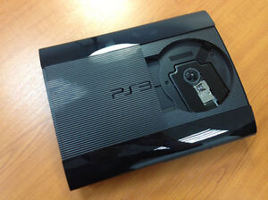 Ps3 slim with wired headset and controller +games