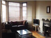 2 bedroom flat in Moorland Road, Cardiff, CF24