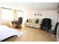 Flat to rent in London, W1U