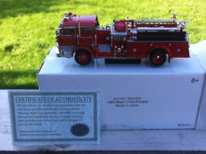 National Motor Mint American Classics Fire Trucks Die Cast 1/50