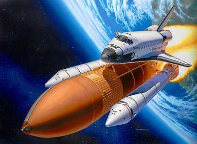 Revell Space Shuttle Discovery & Booster Rockets 1:144 Revell 04736