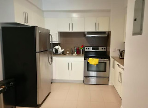 AMAZING DEAL - 1 bed / 1+1 bath / Downtown / July 1st