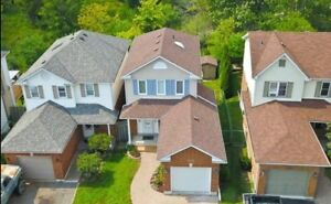 3 Bedroom Home in Pinecrest Oshawa