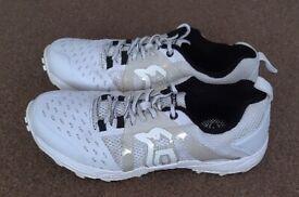 Mens Kookaburra KCS 1500 Rubbers Cricket Shoes - Size 8