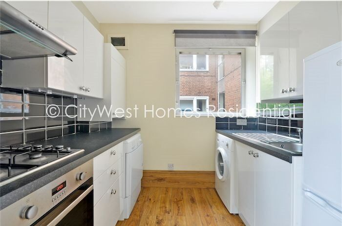 SPACIOUS studio flat with separate kitchen&bathroom in St. John's Wood ONLY £290pw!!!