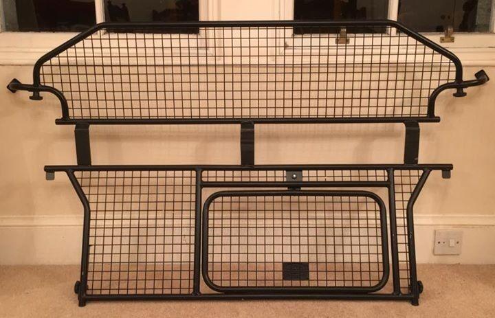 Genuine Land Rover Freelander 2 Dog Guard / Cargo Barrier
