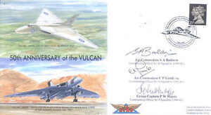 VRT1-Avro-Vulcan-Falklands-Black-Buck-signed-RAF-cover-LUMB-BALDWIN-MAYES
