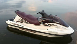 2001 YAMAHA  XL800  with Trailer cover excellent condition PWC