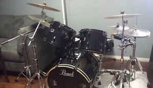 Pearl Drum Kit - excellent condition