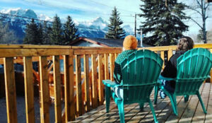 Mountain View single room in Canmore, move in date negotiable!