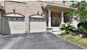 For Lease Executive Townhouse border of Mississauga