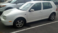2003 Volkswagen Golf (For parts or to fix)