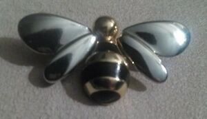 Liz Claiborne Silver / Gold Tone Black Enamel Bumble Bee Brooch North Shore Greater Vancouver Area image 4