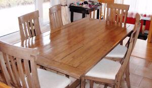 Set de cuisine en bois massif (6 places)