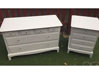 Stag minstrel dresser & drawer set
