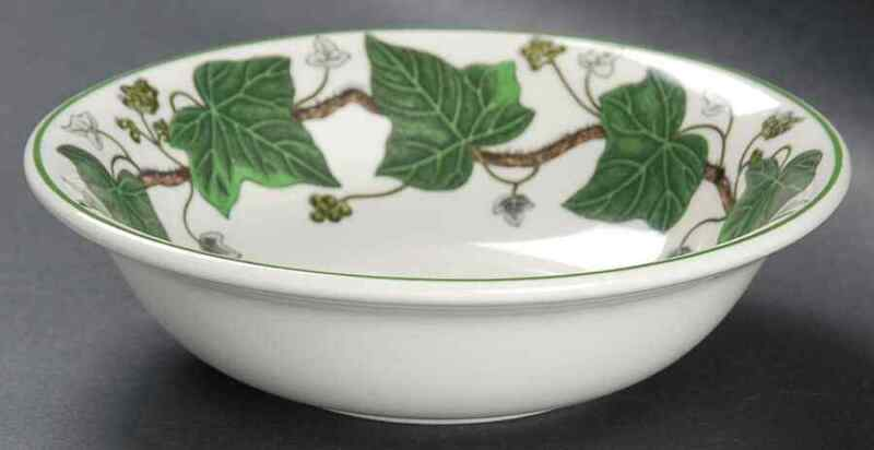 Wedgwood NAPOLEON IVY GREEN Cereal Bowl S790616G2