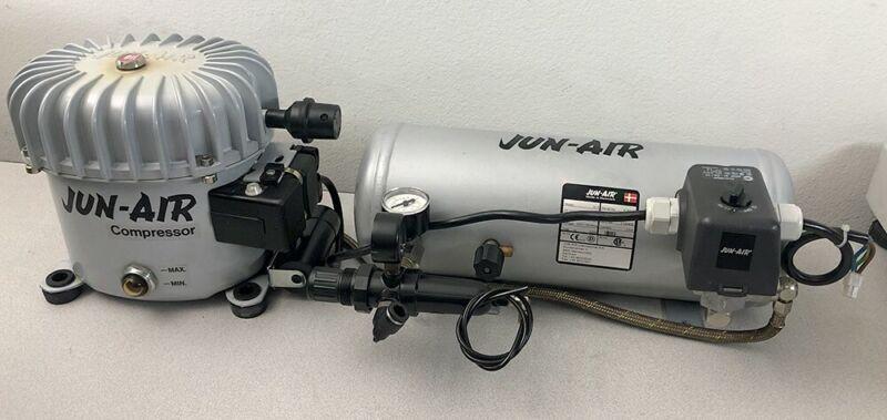 NICE! JUN-AIR MODEL 6-5 PORTABLE AIR COMPRESSOR 120 VOLT 1.32 GAL (5 LITER) TANK