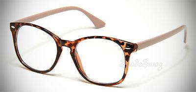 Alles im Blick mit den stylishen Nerd-Brillen