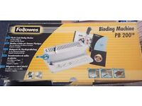 Fellowes Binding Machine - PB200 (with 4 box of bring strips)